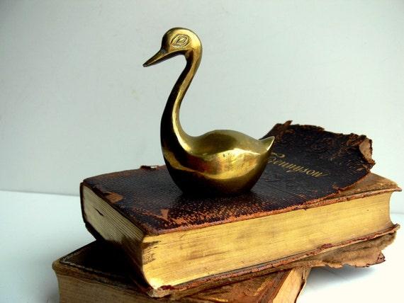 Vintage Brass Swan / Paperweight / Home Decor