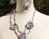 Crochet multicolour necklace with 3 flowers and earrings