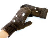 Handknit wool gloves  Winter 2011/2012