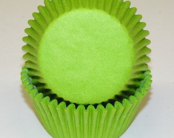 50 Lime Green Cupcake Liners, Lime Green Baking Cups,  Wedding Cupcake Liners, Birthday Baking Cups - Professional Grade