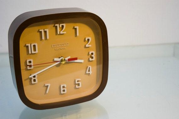 Vintage Retro Brown and Tan Plastic Mod Office Clock