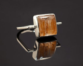 Rutilated quartz and sterling silver ring size 7