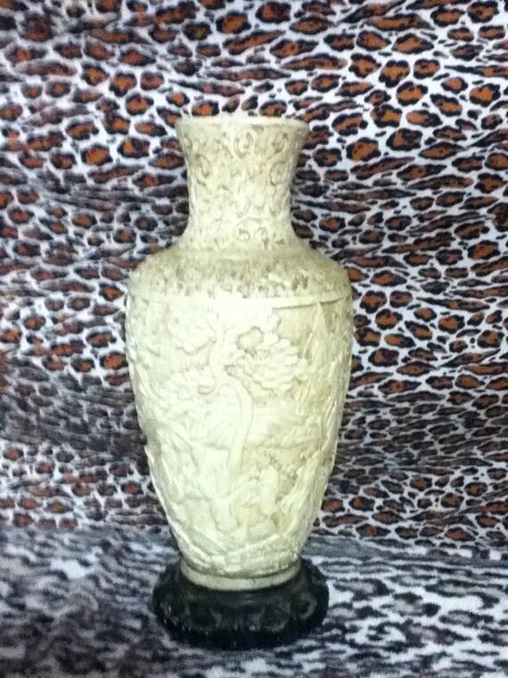 40's / 50's Asian motif plaster white Kitsch Vase