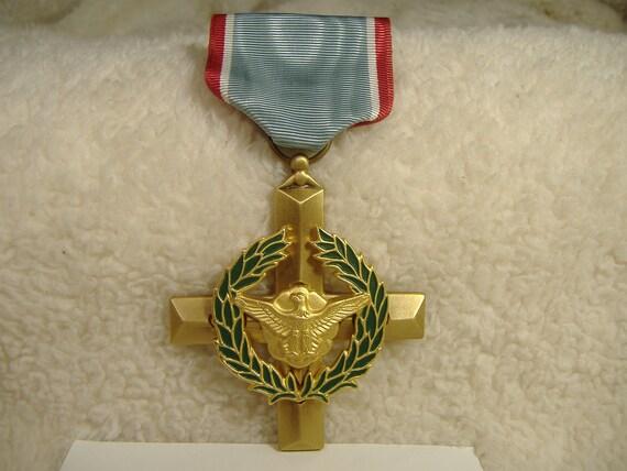 Vintage US Air Force Cross Medal