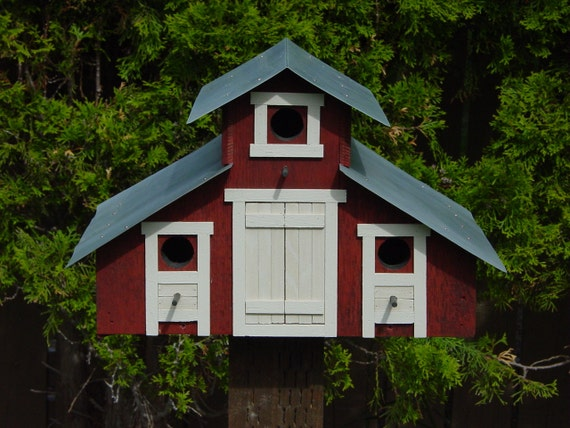 Barn style birdhouse by birdhousesbyglenn on etsy for Bird house styles