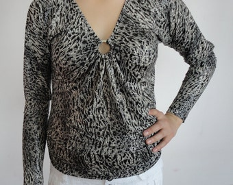 Blouse from  lightweight stretch lycra   with long sleeves