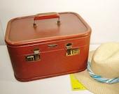 Vintage Leather Luggage Aero Pak Brown Train Case 1940s Original Travel Sticker Green Interior