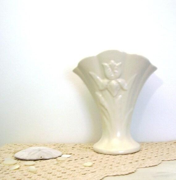 Vintage White, Vase, Matte, USA Pottery, Iris Motif, 1940s, Shabby cottage chic