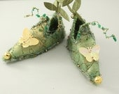 Fairy Shoes Raspberry Green and Gold belong to Moss Pip Meadow Fairy