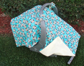 Baby Gift Set - Car Seat Cover and Matching Booties / Owls