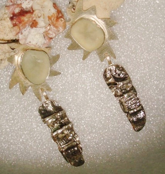 Earrings Clear Beach Glass and Fold Form Fine SIlver Drop Dangle Earrings chased textured oxidized