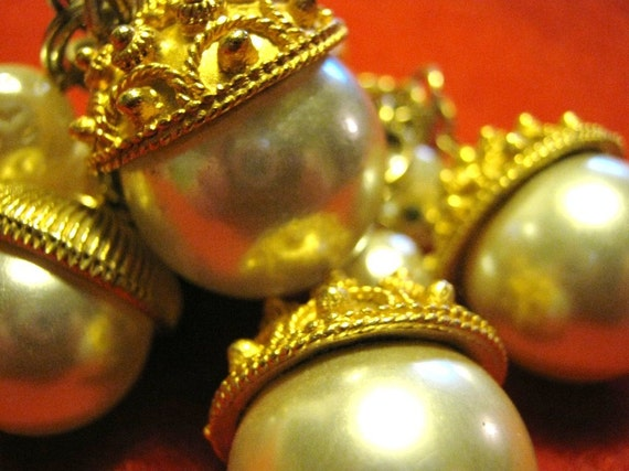 FREE SHIPPING Vintage Acorn Bracelet