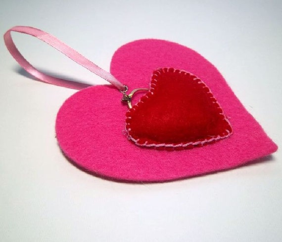 Valentine Heart Ornament Gift Tag with Pocket for small gift