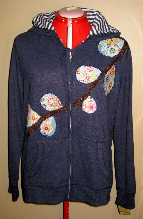 SALE - Fitted Women's Applique Hoodie Sweatshirtl Size XL