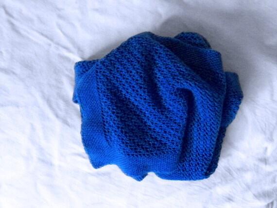 Blue cashmere lace scarf