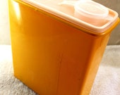 Yellow Hostess Housewares Vacuum Seal Storage Canister - Cereal - Vintage Tupperware