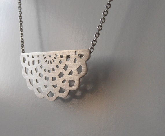 Napperon n2 - sterling silver necklace