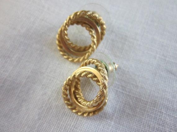 Vintage Detailed Interlocking Gold Ring Earrings
