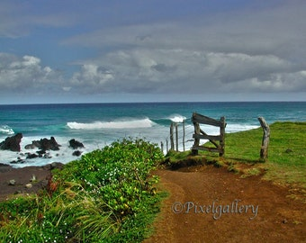 Ho'okipa Beach Wooden Fence - Maui, Hawaii 8x10 Fine Art  Print