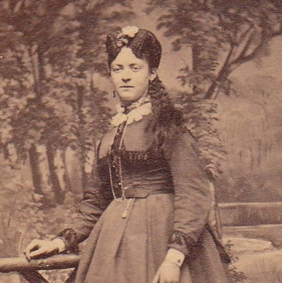 Toronto Woman with Unusual Crimped Hair- 1800s Vintage Photograph- CDV