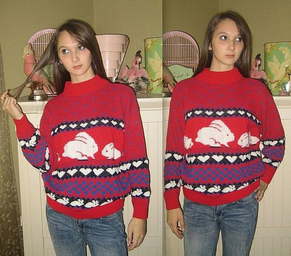 Some bunny loves you .. Vintage 80s novelty sweater / bunny hearts / slouch slouchy / hipster knit pullover / oversized oversized .... S M L