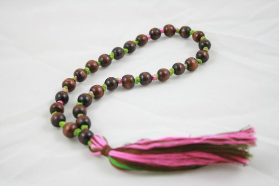Holiday Free Shippingp- Beginners 27 Wooden Bead Pink and Green Mala