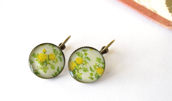 Yellow flower earrings with hooks, floral, round earrings, lemon yellow, bright fresh look, blossom, summer style