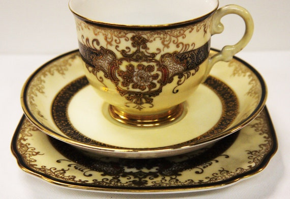 Reserved for Emmie - Meito Hand Painted Gold Encrusted Trio 1940s - ME1454