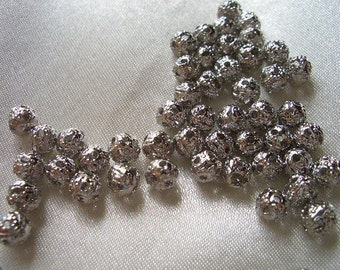 Silver filigree spacer beads, 4mm, 100 delicate round 4mm filigree silver beads, silver plated beads, spacer beads, 4mm beads, metal beads