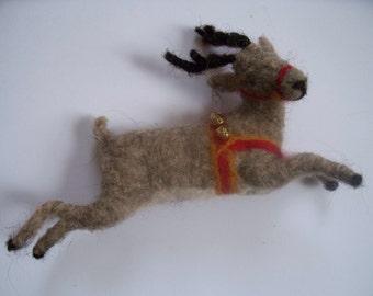 Flying Reindeer Ornament   Wool felt
