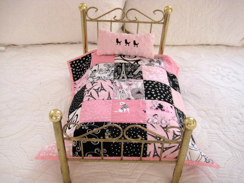 paris poodle eiffel tower fabric rag quilt and pillow bedding. Black Bedroom Furniture Sets. Home Design Ideas