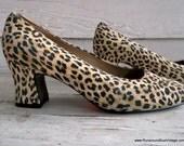 Vintage Shoes : CHEETAH Print Heels 8