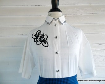 Vintage Blouse - 1990s White Blouse with GINGHAM Collar and Buttons M