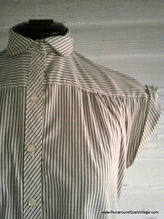 Vintage Blouse - COFFEE and Cream Stripe Top with Peter Pan Collar