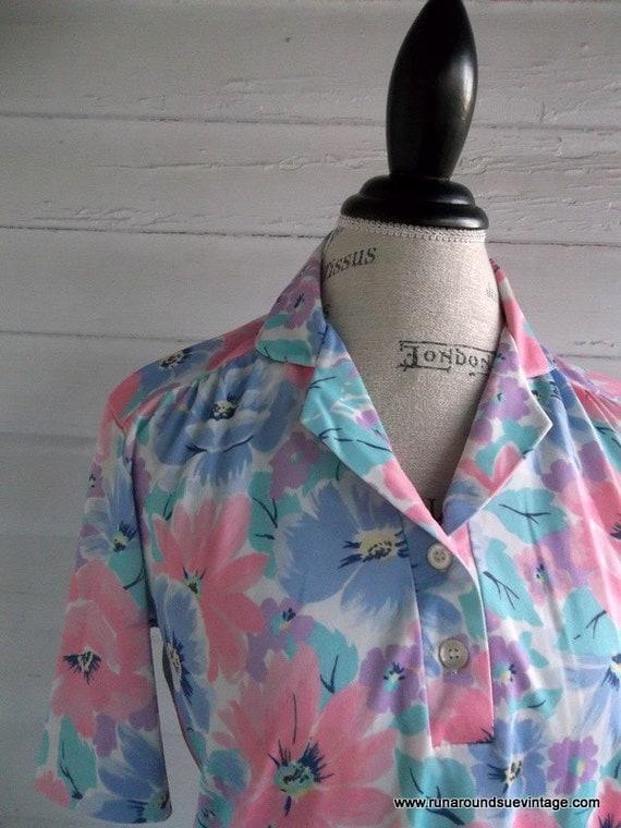 Vintage Blouse - 1980s PASTEL Floral Shirt