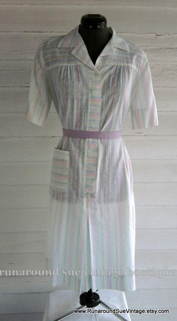 On Sale : Vintage Dress - Pretty Sheer Day Dress
