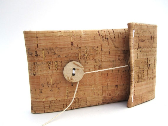 Handmade Cork iPhone Case with Natural Beige Linen Lining - Eco-Friendly Cell Phone Sleeve
