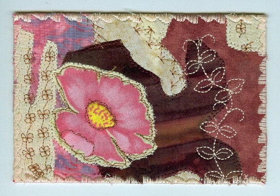 WILD ROSE Quilted Postcard 1