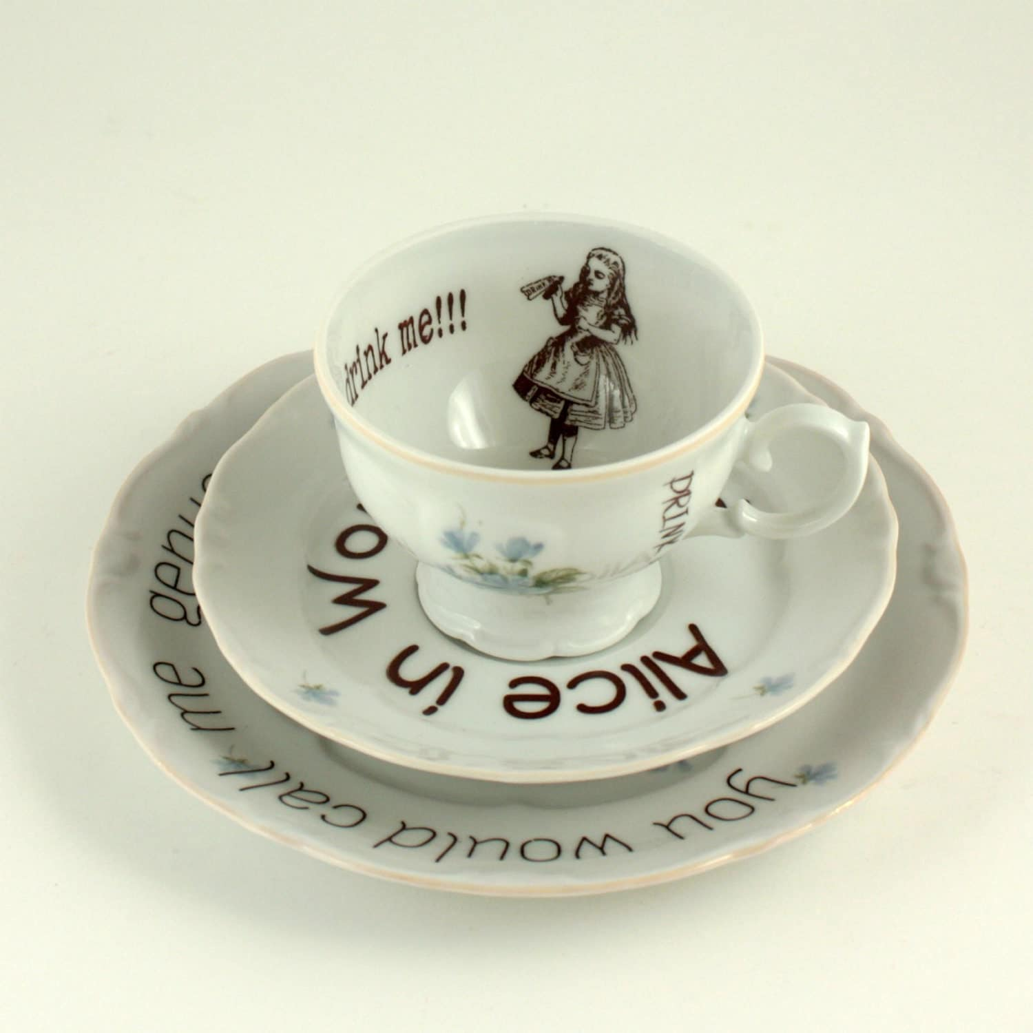 vintage alice in wonderland on romantic porcelain cup. Black Bedroom Furniture Sets. Home Design Ideas