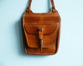 Vintage brown leather shoulder bag purse