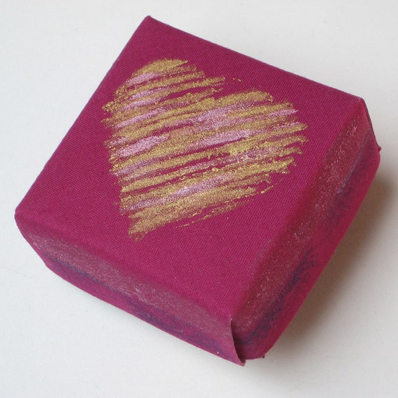 Fuchsia Origami Cloth Heart Box