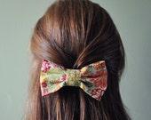 bold bow in // hannah