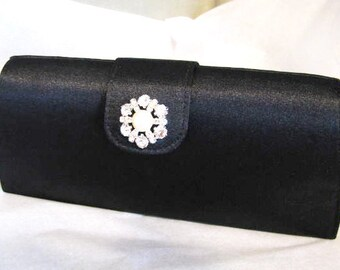 SALE Rhinestone and Faux Pearl Wedding Bag Clutch Formal Wear rescued