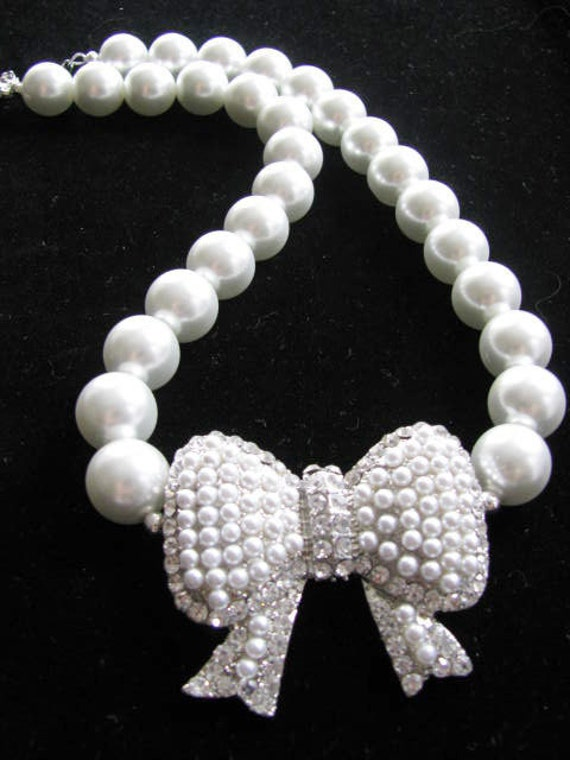 14mm white glass pearls Large Bow Necklace