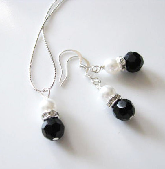 Black and white wedding Bridesmaids gifts  Black Crystal and White Swarovski Pearls on Sterling Silver Plated Chain Necklace and earring Set