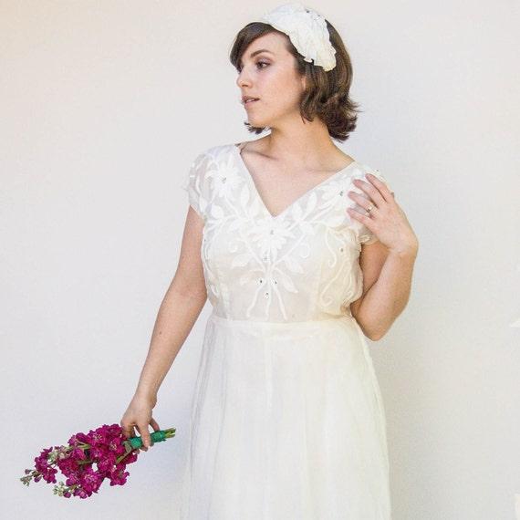 Vintage 1940s Wedding Dress - Jasmine - Sheer Organza 1940s Wedding Dress