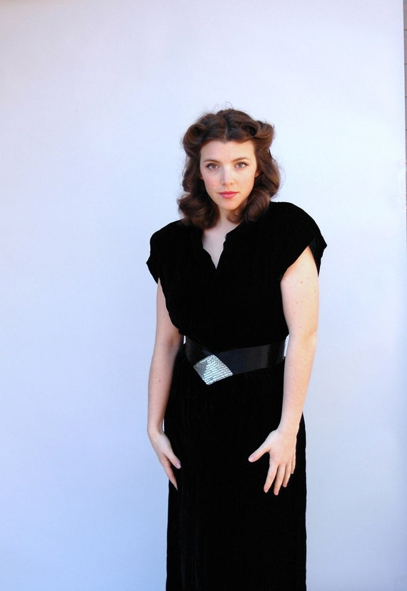 SALE Vintage 1940s Dress - Inky Black - Black Velvet 40s Column Dress