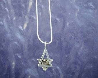 Triangle Sar od David PE87