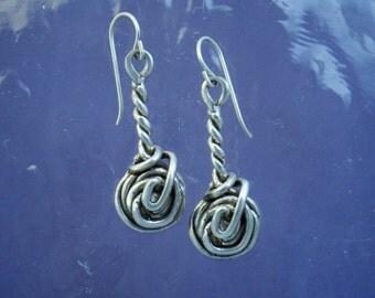 Dangle Twisted Earrings EE85