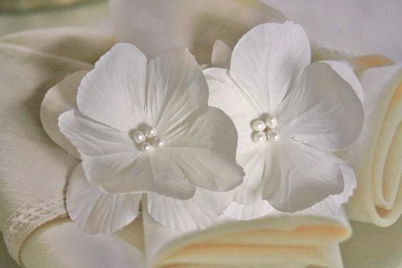 White Hair Flowers, Fascinator, Headpiece, Hairpiece, Bridal, Wedding, Hair Accessory, Clip, Set of 2